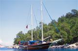 Charte en Yacht avec équipage